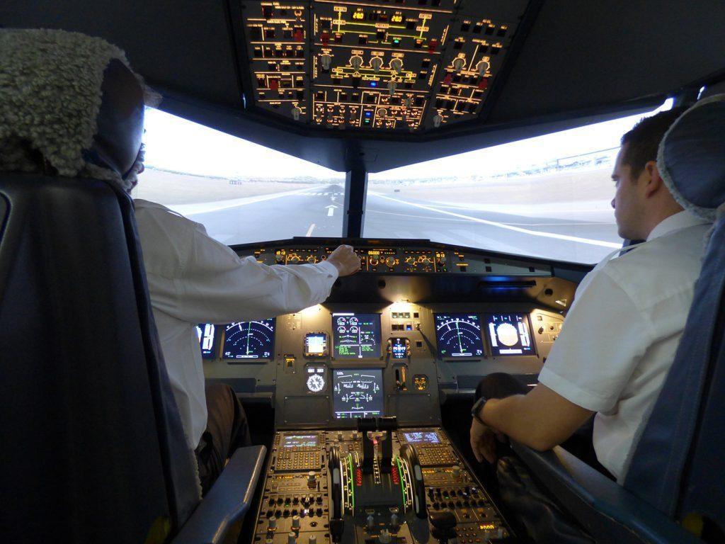 World Aviation Simulators – Helicopter Pilot Training in Spain World