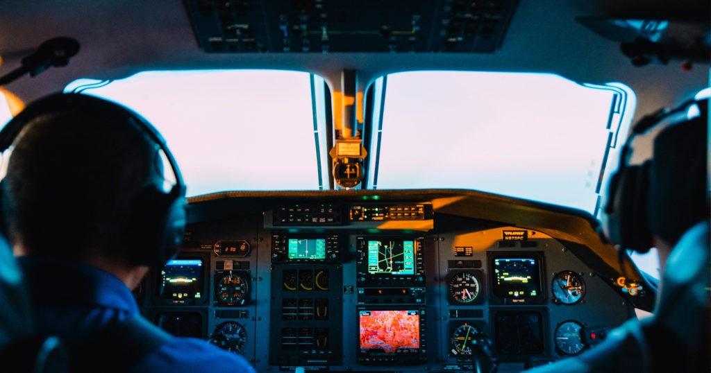 Las 10 cualidades de un Piloto de Avión o Piloto de Helicóptero